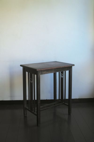 Furniture_table003_1