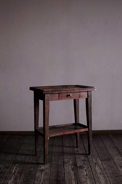 Furniture_table005_000