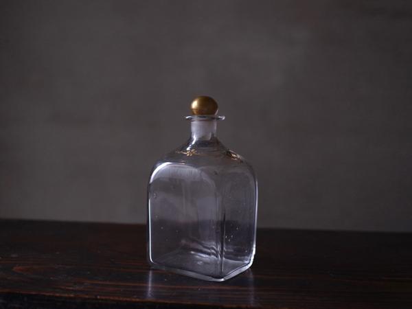 glass044-000 - 1
