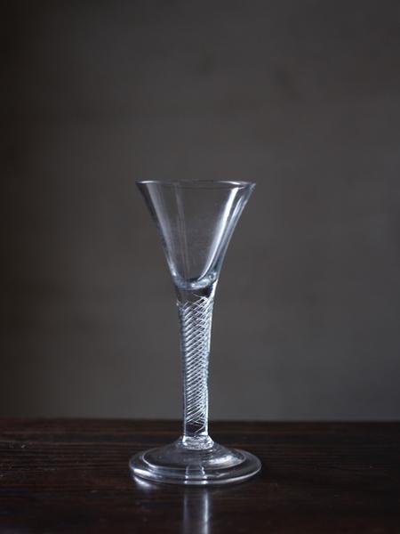 glass045-000 - 1